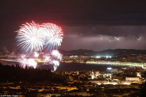 3648FFDF00000578-3691019-Fireworks_were_filling_the_night_sky_as_the_drama_unfolded_as_th-a-30_1468535388859
